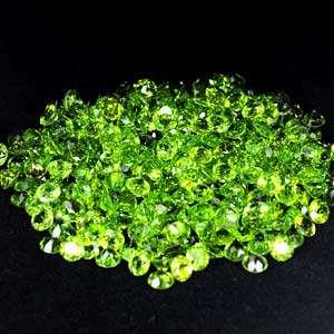 Pcs / $1.20 Clean 0.50   0.52 Ct. Round Cut Natural Green Peridot