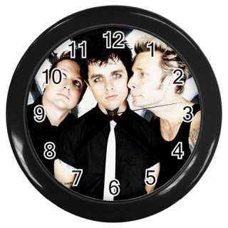 Green Day Round Wall Clock GIFT DECOR COLLECTOR Black
