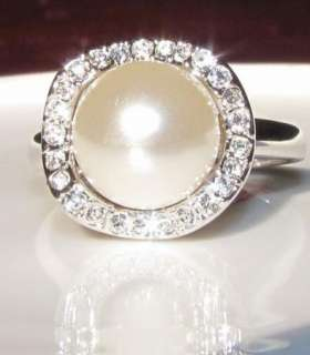 Brilliant PEARL WHITE GOLD GP WEDDING ENGAGEMENT RING