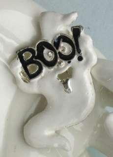 VINTAGE WHITE ENAMEL BOO GHOST HALLOWEEN BROOCH PIN