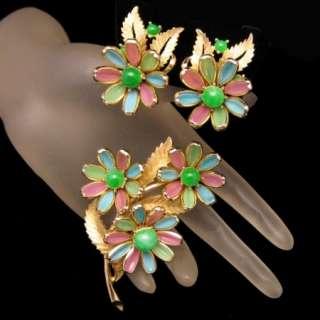 Crown Trifari Vintage Brooch Pin Earrings Set Poured Glass Pink Green