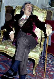 Salvador Dali sitiing in a chair Photo very large