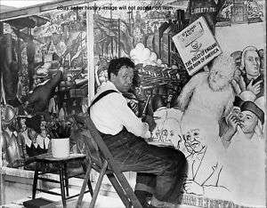 DIEGO RIVERA Painting American Mural Photo
