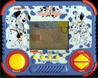 101 DALMATIANS DISNEY ELECTRONIC HANDHELD LCD TOY VIDEO GAME DOGS