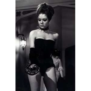 Diana Rigg Poster Avengers Sexy #01B 24x36in
