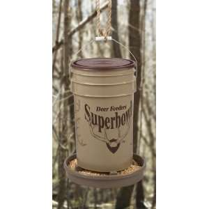 Superbowl Deer Feeder: Sports & Outdoors