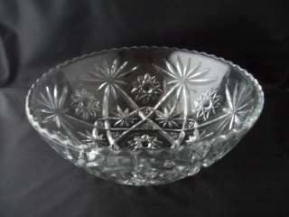 Anchor Hocking VINTAGE Glass EAPC Pattern Serving Bowl