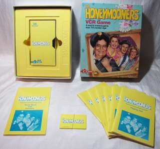1986 HONEYMOONERS TV VCR BOARD GAME JACKIE GLEASON