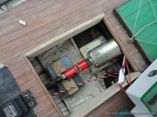 FANTASTIC OLD WOODEN MODEL FISHING BOAT CLINKER BUILT RADIO CONTROL