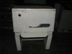 VINTAGE/ANTIQUE IRONRITE MODEL 85 IRONER
