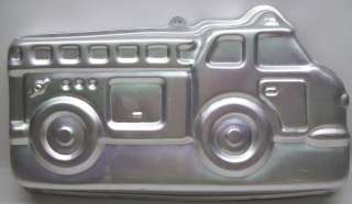 Wilton FIRE DUMP TRUCK Party Cake Pan Mold 2105 9110