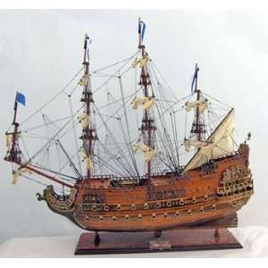 36 Soleil Royal Exclusive Edition Wooden Model With Free