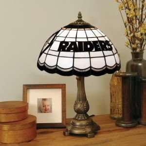 OAKLAND RAIDERS LOGOED 20 IN TIFFANY STYLE TABLE LAMP