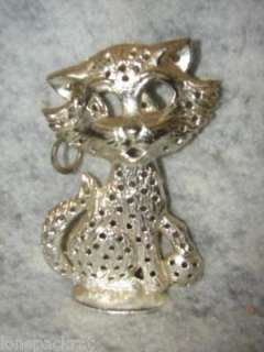 This is a BEAUTIFUL VINTAGE METAL KITTY CAT EAR RING EARRING HOLDER