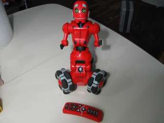 Wee TriBot red robot w/remote, works great, good condition, no manual