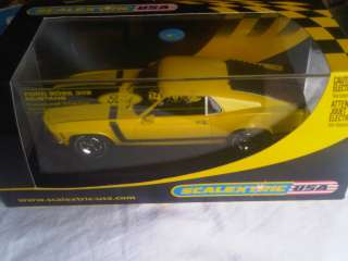 Slot car Scalextric C2574 Ford Boss Mustang 302 70 street car