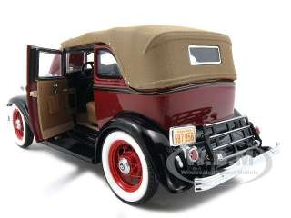 1932 FORD V 8 BONNIE AND CLYDE 124 FRANKLIN MINT