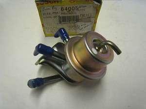 Japan (NOS) Fuel Pressure Regulator w/ Sensor, 22670 16E01,Nis Maxima