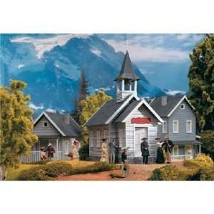 COUNTRY CHURCH   PIKO G SCALE MODEL TRAIN BUILDING 62229 Toys & Games
