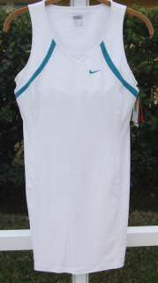 NIKE FITDRY DRI FIT WHITE TENNIS BUILT IN BRA POLYESTER SPANDES DRESS