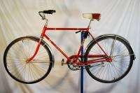 Vintage 1965 Schwinn Mens Racer Deluxe Lightweight Sports bicycle bike