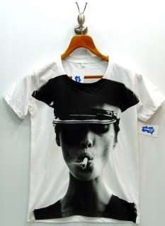 KATE MOSS Ciggy Fashion SuperModel Punk Rock T Shirt S