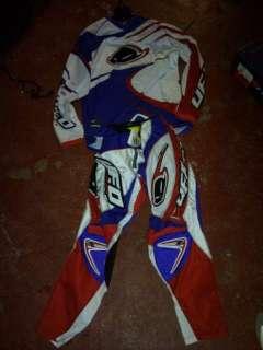 Tuta motocross marca UFO PLAST a Civitavecchia    Annunci
