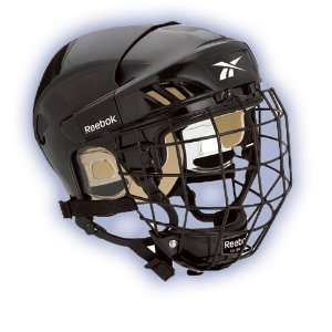 Reebok 4K Hockey Helmet w/Cage   2009 Sports & Outdoors