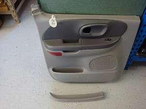 99 00 01 02 03 FORD F150 CREW CAB LEFT REAR DOOR PANEL